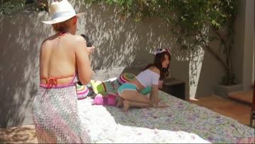 Oshima Yuko - Nugi Yagare! (Making of DVD)